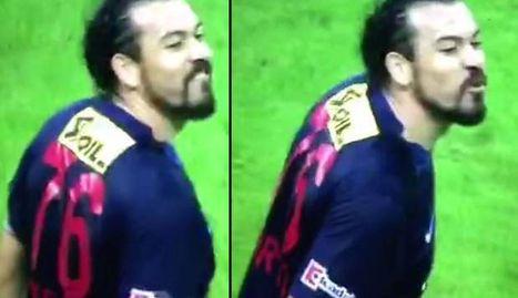 Servet'ten Sneijder'a f..k you!