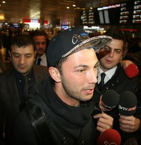 Tolgay Arslan İstanbul'da