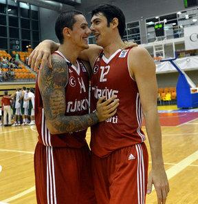 2013 Avrupa Basketbol Şampiyonası'nda mücadele edecek A Milli Takım, hazırlık döneminde 3 özel turnuvaya katılacak