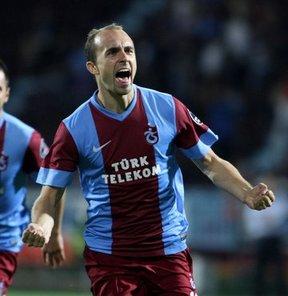 Trabzonspor'un Polonyalı futbolcusu Adrian Mierzejewski, milli takım maçları için bulunduğu ülkesinde açıklamalarda bulundu