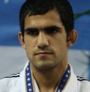 17. Akdeniz Oyunları'nda judo erkekler 60 kiloda milli sporcu Ahmet Şahin Kaba gümüş madalya kazandı