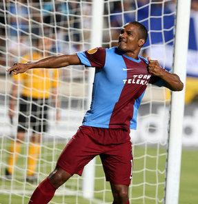 UEFA Avrupa Ligi J Grubu ikinci maçında yarın sahasında İtalya'nın Lazio takımını konuk edecek Trabzonspor, rakibiyle grup liderliği mücadelesi verecek