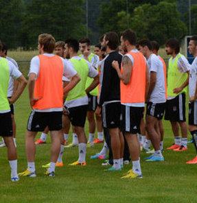 Beşiktaş, yeni sezon hazırlıklarını gerçekleştirdiği antrenmanla sürdürdü