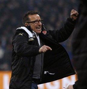Alman teknik adam Norbert Meier'in, Beşiktaş'ın teklifini reddettiği bildirildi...