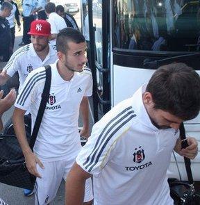 Beşiktaş Futbol Takımı, Spor Toto Süper Lig'in 4. haftasında yarın Bursaspor ile oynayacağı karşılaşma için kente geldi