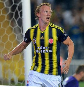 Fenerbahçe'nin, Spor Toto Süper Lig'de Eskişehirspor'u 1-0 yendiği maçta takımına galibiyeti getiren golü atan Dirk Kuyt, geçen sezonki istikrarını bu sezon da sürdürüyor.