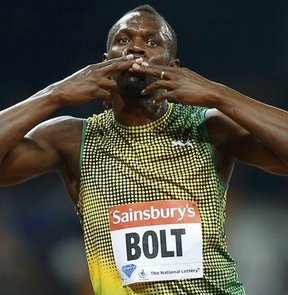 Dünya rekortmeni Jamaikalı sprinter Usain Bolt, Elmas Lig'in Londra ayağında 100 metre erkeklerde 9.85 ile birinci oldu