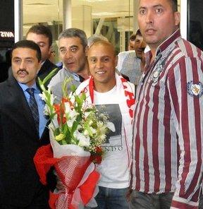 Roberto Carlos, Sivasspor'u büyük takım olarak gördüğünü söyledi