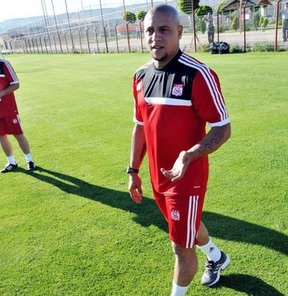 Sivasspor, yeni sezon hazırlıklarını yaptığı antrenmanla sürdürdü
