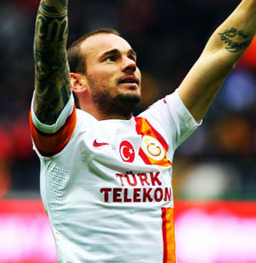Manchester City, Sneijder