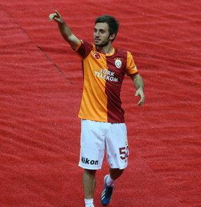 Galatasaray'ın genç oyuncuları Emre Çolak ve Eray İşcan basın mensuplarının sorularını yanıtladı