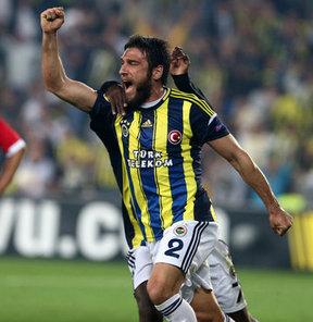 Fenerbahçe'nin milli futbolcusu Egemen Korkmaz, sezon sonunda şampiyonluğa ulaşacaklarına inandıklarını söyledi