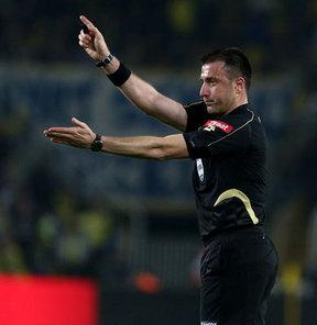 Spor Toto Süper Lig'de 7. hafta maçlarını yönetecek hakemler açıklandı.