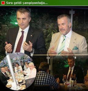 Beşiktaş Başkanı Fikret Orman, önceki gece Eyüp Sultan'da iftardaydı