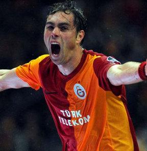 Galatasaray'ın İsveçli golcüsü Johan Elmander'e Ada'dan yeni bir talip çıktı