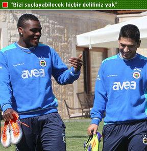 UEFA Disiplin Komitesi, beraat eden Emenike ve Sezer Öztürk üzerinden Fenerbahçe'ye yüklendi