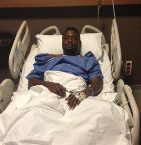Beşiktaş'ın, transferi konusunda görüşmelere başlandığını borsaya bildirdiği Nijeryalı futbolcu Michael Eneramo, menüsküs ameliyatı oldu