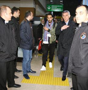 Erkan Zengin resmen Trabzonspor'da