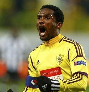 Kamerun milli takımında bir kez daha Samuel Eto'o krizi patlak verdi