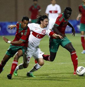 17. Akdeniz Oyunları futbolda A Grubu mücadelesinde Türkiye, Fas'a 2-1 mağlup oldu