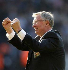 Manchester United'ın efsane teknik adamı Alex Ferguson, bir dönem Chelsea'nin kendisine teklif yaptığı söyledi