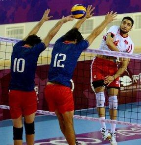17. Akdeniz Oyunları'nda erkekler voleybol bronz madalya maçında Türkiye, Fransa'ya 3-2 mağlup oldu