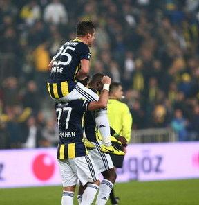 Fenerbahçeli futbolcular Volkan Demirel, Gökhan Gönül ve Emre Belözoğlu, geçen sezonu değerlendirip yeni sezonla ilgili hedeflerini açıkladılar