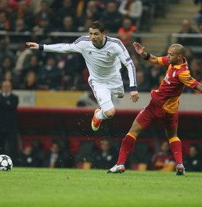 Galatasaray'ın 22 Temmuz'da Real Madrid ile hazırlık maçı yapacağı iddia edildi