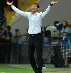 Beşiktaş Teknik Direktörü Slaven Bilic, Erciyesspor maçının ardından önemli açıklamalar yaptı...