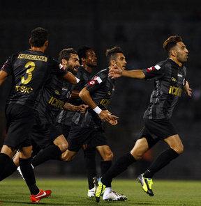 Spor Toto Süper Lig'de 2. haftanın açılış maçında Gençlerbirliği, sahasında Akhisar Belediye'yi 3-0 yendi. İlk puanlarını alan Başkent ekibinin gollerini 17'de Jimmy Durmaz, 33'te Zec ve 87'de Stancu kaydetti.