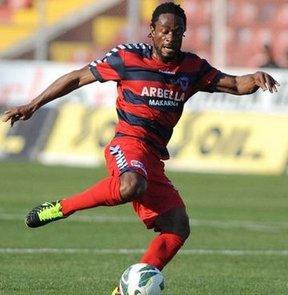 Gençlerbirliği, Fildişi Sahilili orta saha oyuncusu Jean-Jacques Gosso ile bir yıllık anlaşmaya vardı