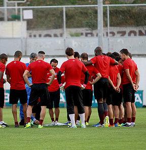 UEFA Avrupa Ligi J Grubu ikinci maçında yarın sahasında İtalya'nın Lazio takımıyla karşılaşacak olan Trabzonspor, hazırlıklarını tamamladı