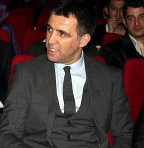 """AK Parti İstanbul Milletvekili ve eski milli futbolcu Hakan Şükür, """"FIFA 20 Yaş Altı Dünya Kupası, Türk futbolunun bir sonraki seviyeye ulaşmasına yardımcı olacak"""" dedi"""