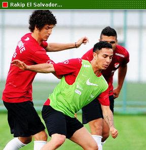 Dev turnuvada C Grubu'nda mücadele eden Türkiye, ilk maçında grubun 'zayıf halkası' El Salvador ile kozlarını paylaşacak