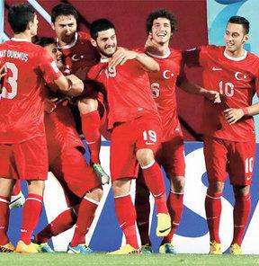 U20 Dünya Kupası'nda ilk maçında El Salvador'u 3-0'la dağıtan 20 Yaş Altı Milli Takımımız bugün Kolombiya ile kozlarını paylaşacak