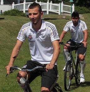 Beşiktaş, yeni sezon hazırlıklarını Almanya'nın Bed-Saarov kasabasında sürdürüyor