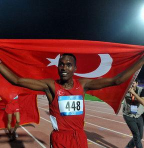 17. Akdeniz Oyunları'nda atletizmde erkekler 800 metre elemelerinde İlham Tanui Özbilen en iyi dereceyi yaparak finale kaldı