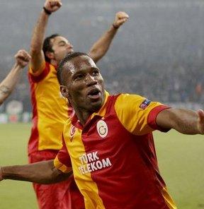Galatasaray'ın yıldız oyuncusu Didier Drogba'ya bir övgü de Daily Mail gazetesinden geldi