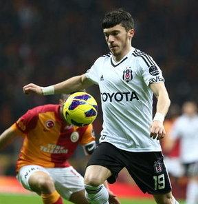 Beşiktaş'ın geçen sezon kadrosuna kattığı Gökhan Süzen'e İtalya'dan talip var