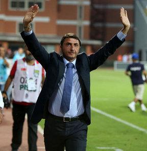 Kasımpaşa Teknik Direktörü Şota Arveladze, Kayserispor galibiyetinin ardından açıklamalarda bulundu...
