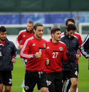 Kasımpaşa, Spor Toto Süper Lig'in 8. haftasında, 19 Ekim Cumartesi günü deplasmanda Gençlerbirliği ile oynayacağı maçın hazırlıklarını sürdürdü