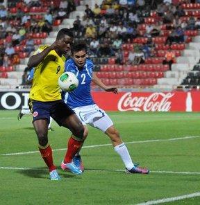 FIFA 20 Yaş Altı Dünya Kupası C Grubu üçüncü maçında Kolombiya, El Salvador'u 3-0 yendi