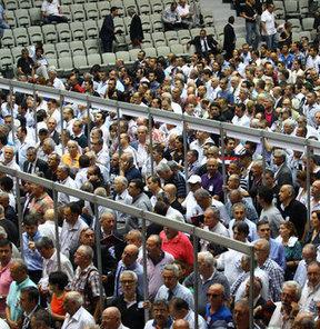 Beşiktaş Kulübü'nün olağan seçimli genel kurul toplantısında oy verme işlemi sona erdi