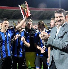 Kayseri Erciyesspor, Sivasspor'u penaltı atışları sonucu 4-3 yenerek Cumhuriyet Kupası'nı müzesine götürdü