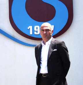 """Trabzonspor Kulübü Başkan Yardımcısı Sebahattin, """"Biz kupanın peşinde değiliz. Kupa temiz Türk futbolu için bir sembol olmuştur"""" dedi"""