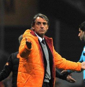 Mancini patladı!