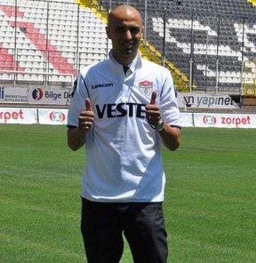 PTT 1. Lig'de mücadele eden Manisaspor, yeni sezonun ilk dış transferini, Boluspor'dan Barbaros Bahadır Barut'u 2 yıllık sözleşmeyle renklerine bağlayarak yaptı