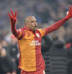 Galatasaraylı yıldız Felipe Melo'nun menajeri Baster, flaş açıklamalarda bulundu