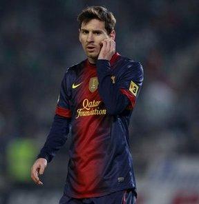 Barcelona'nın Arjantinli futbolcusu Messi'nin, vergi kaçırdığı iddiasıyla hakkında dava açılmasını önlemek için savcılıkla anlaşmak üzere ileri sürüldü