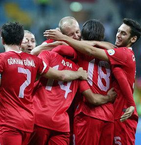 2014 Dünya Kupası Avrupa Elemeleri D Grubu'ndaki 7. maçında Andorra'yı farklı mağlup eden A Milli Futbol Takımı, 10 Eylül Salı günü deplasmanda oynayacağı Romanya maçının hazırlıklarına başladı.
